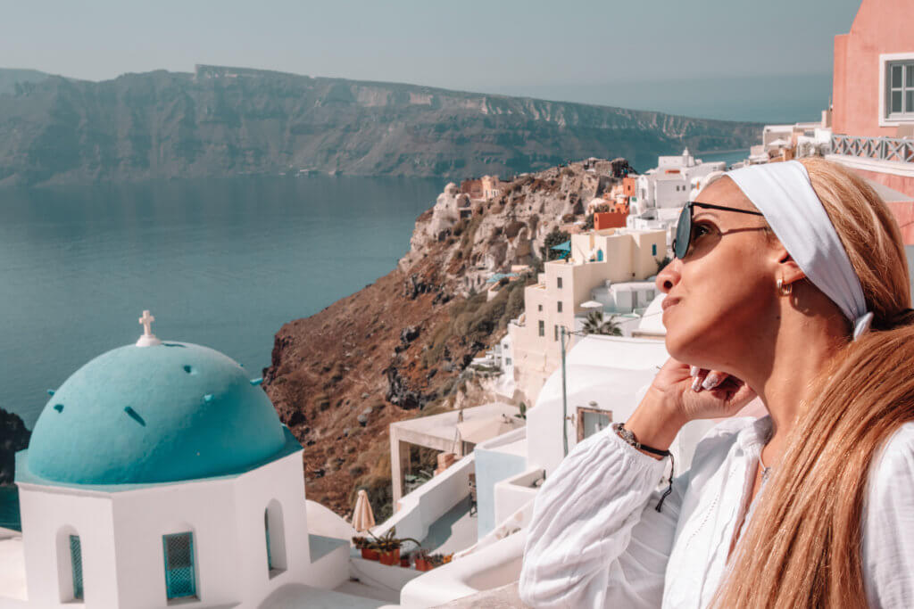 Santorini Top Most Amazing Things to do | Modern Travel Lifestyle