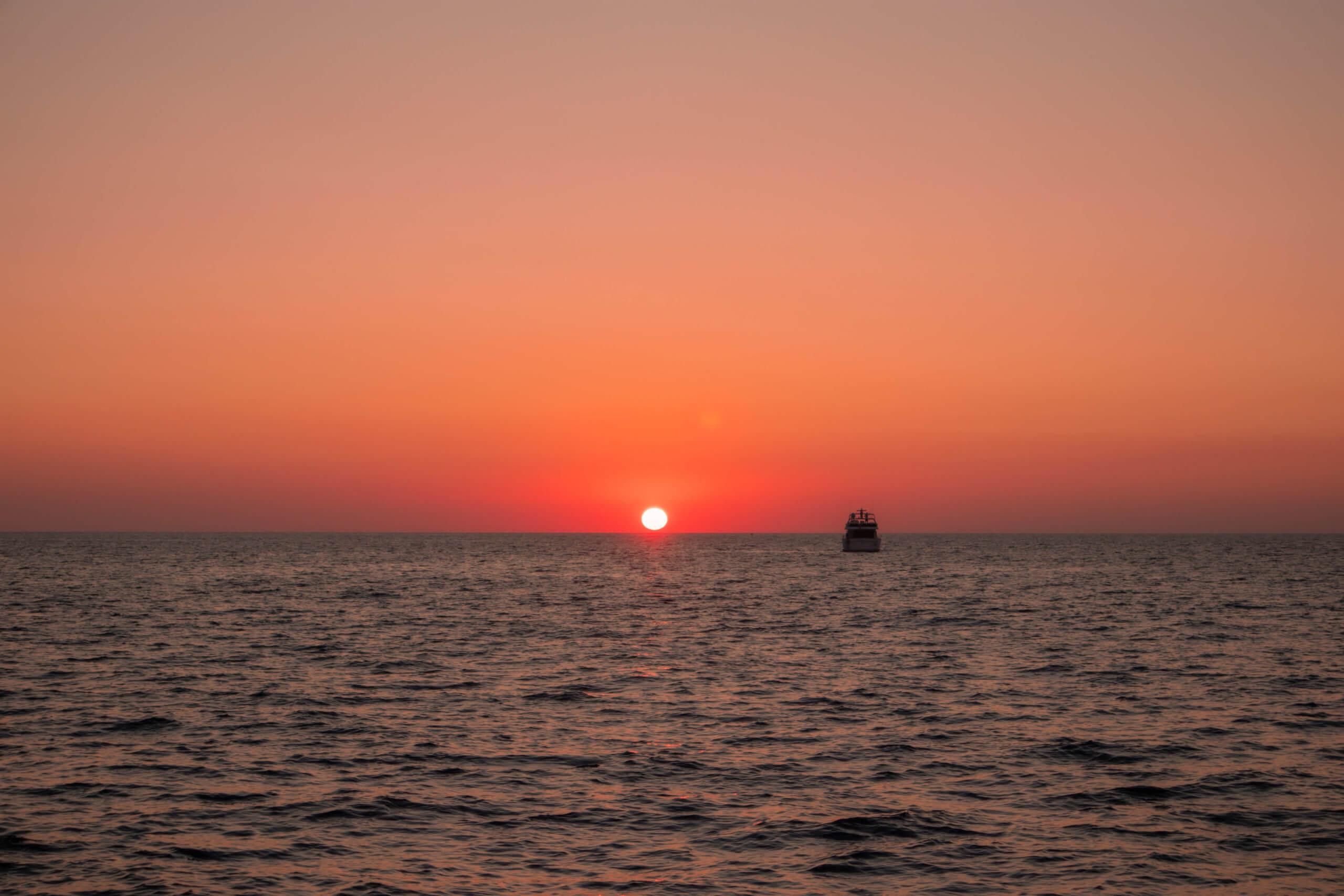 Santorini Catamaran Tour | Cruising with Sunset Oia | Sunset