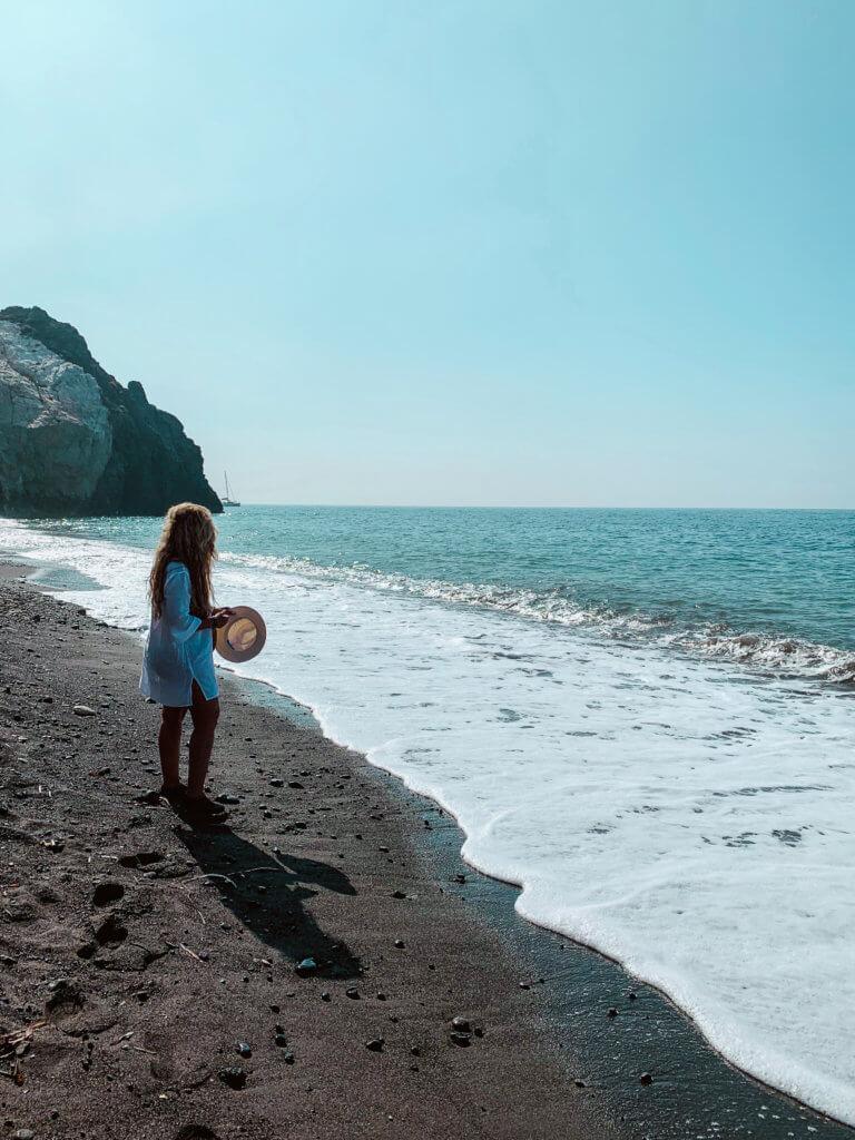 Santorini Top Amazing Experiences you shouldn't miss | Perissa Black beach