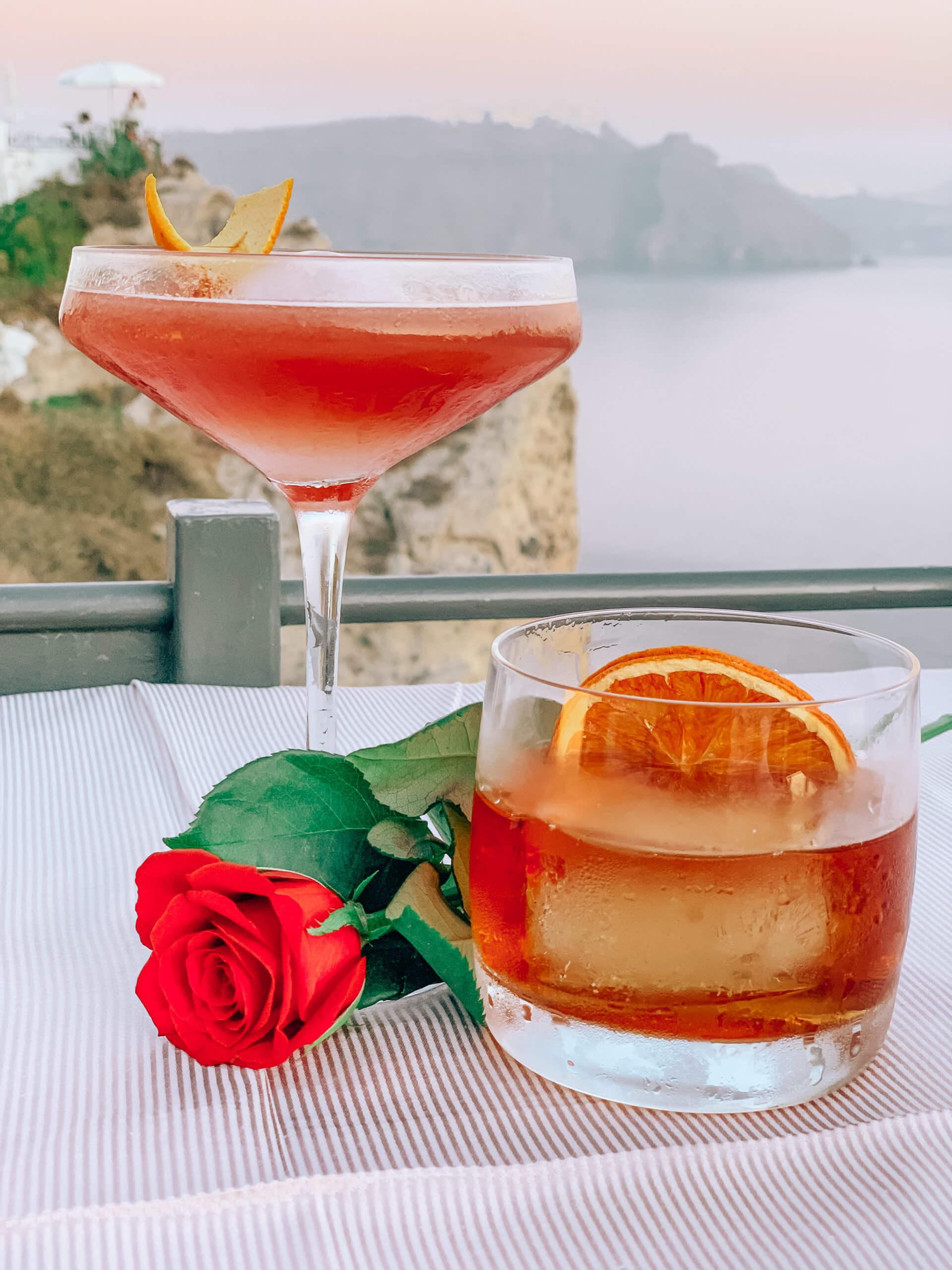 Santorini Top Best Restaurants | Lauda Restaurant Cocktails