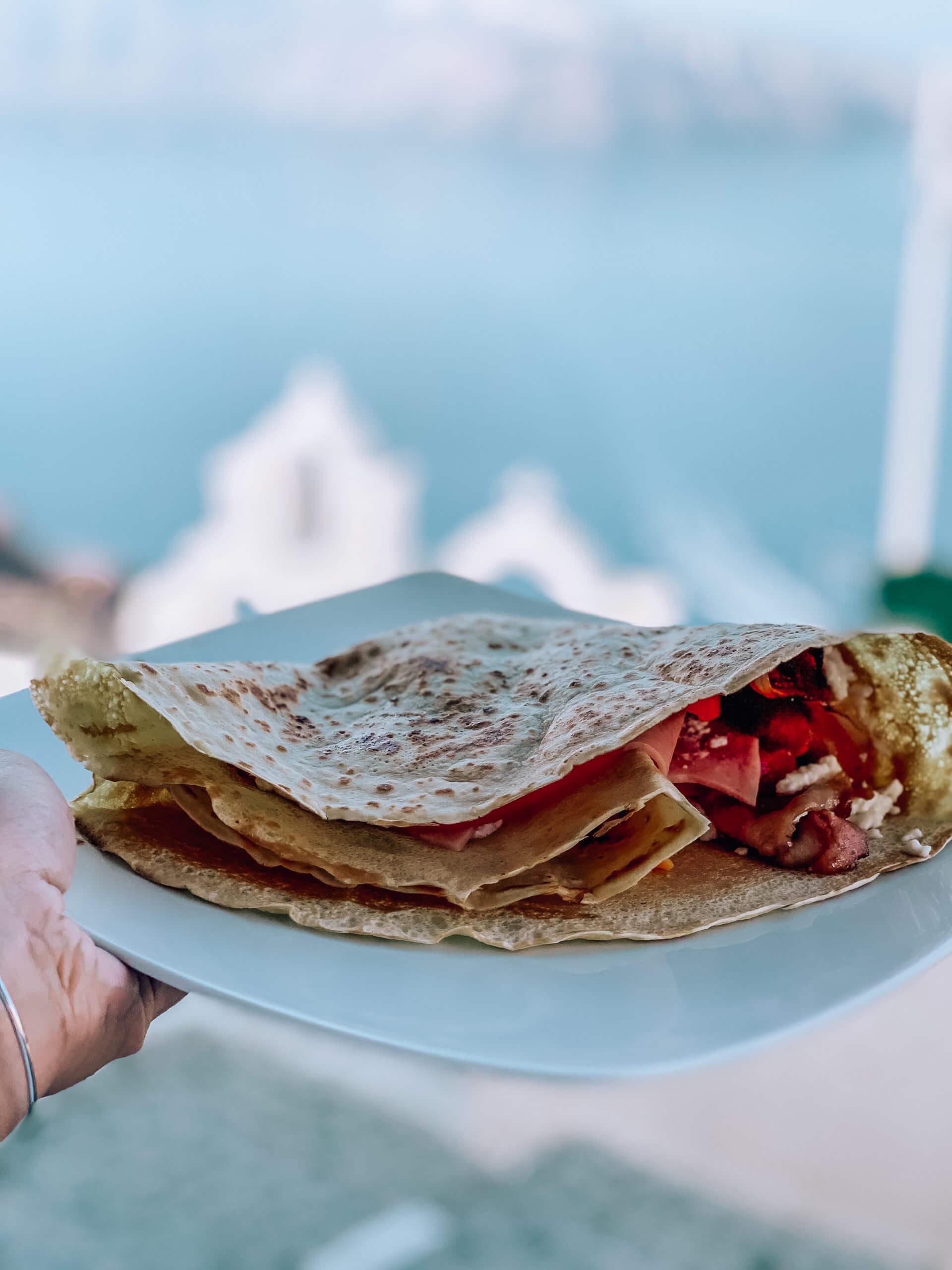 Santorini Top Best Restaurants |Vitrin Cafe Crepe