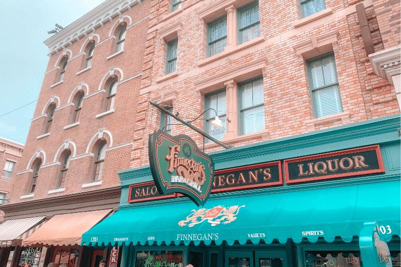 Finnegan's at Universal