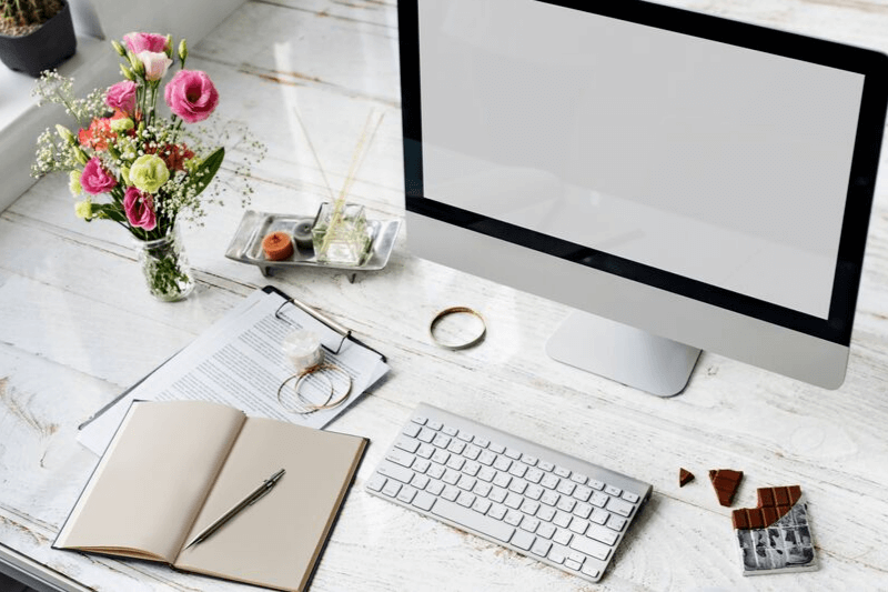 Super Productive Blogger | 12 Tips to Improve your Blogging Skills | Set up your Blogging Space | Set up your blogging area